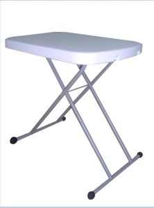 Plastic Personal Table on Sales pictures & photos