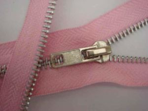 5# Fashion Aluminum Zipper with Good Quality pictures & photos