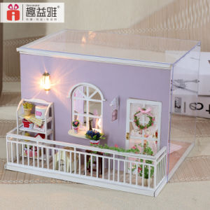 Beautiful Mini House by Hand for Gift pictures & photos