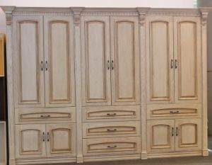 Solid Wood Wardrobe (Wooden Bedroom furniture) (YBW-2) pictures & photos