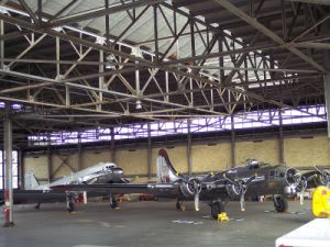 Prefabricated Light Steel Structure Airplane Hangar pictures & photos