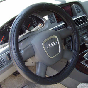 Factory Price Hottest Steering Wheel Cover pictures & photos