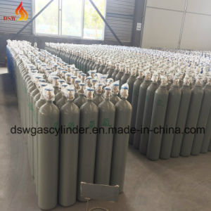 CO2 Gas Cylinder with Green Color pictures & photos