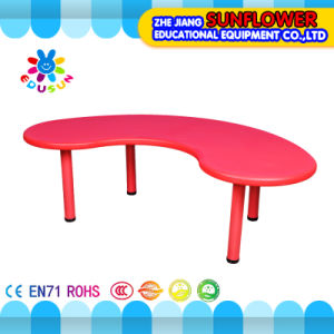 Plastic Student Table/Children School Furniture Table Moon Shaped Table (XYH-0012)