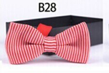 New Design Fashion Men′s Knitted Bowtie (B28) pictures & photos
