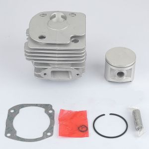 Chainsaw Parts for Husqvarna 372XP 372 371 365 362 Cylinder Piston Kit pictures & photos