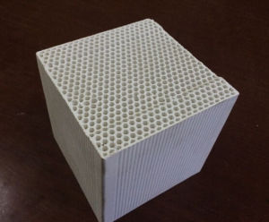 Good Quality High Alumina Ceramic Honeycomb for Industry Furnace pictures & photos