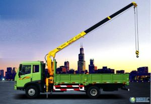 Hot Sale Straight Arm Folding Arm Truck-Mounted Crane of 3-100 Ton pictures & photos