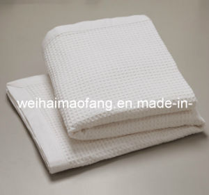 Woven Jacquard Weave 100% Pure Cotton Blanket pictures & photos