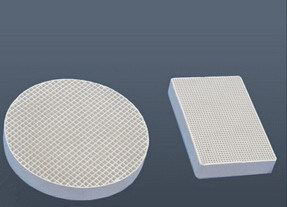 Honeycomb Cordierite Ceramic Filter for Foundry pictures & photos