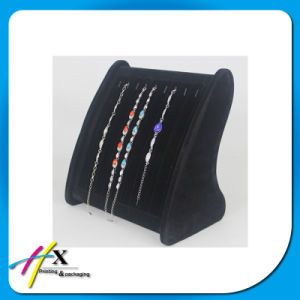 Luxury Fashion Ring Bracelet Jewelry Case Velvet Holder Stand Display pictures & photos