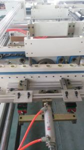 Px-2100 Semi Automatic Carton Folder Gluer Machine pictures & photos