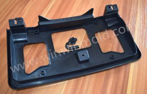 China Plastic Injection Mold Design and Making Automobile Fitting pictures & photos