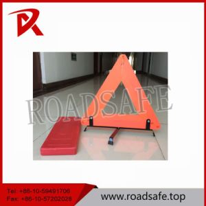 Red Safety Reflective Traffic Warning Triangle for Emergency pictures & photos
