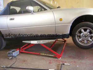 AA4c Tilting Car Lift (AA-TL1500) pictures & photos