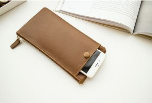 Thin Section Fashion Simple Women′s Mobile Phone Bag (BDMC151) pictures & photos