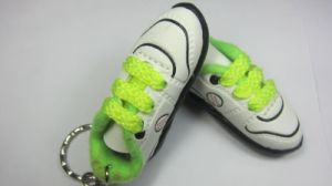 Metal Key Chain With Shoes Pendant