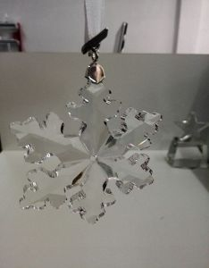 2016 Crystal Glass Snowflake Car Pendant pictures & photos