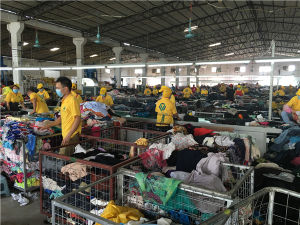 Wholesale Used Clothing From China Used Clothing Used Clothing Africa pictures & photos