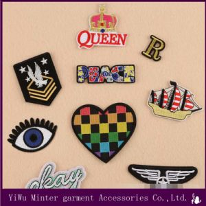 Embroidered Patches Iron Sew On Patches Badges appliques transfers Many Patterns