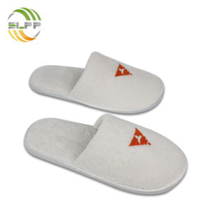 65f799c53 China Washable Coral Fleece Hotel Guest Slippers for Ladies - China ...