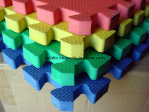 Interlocking Mats - C pictures & photos