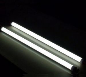 2017 UL cUL TUV SAA Ce LED Glass Tube, 4FT 6FT 8FT T8 LED Tube Light, 110lm/W CRI>85 3W 6W 9W 18W 24W 30W 40W T8 LED Tube Light pictures & photos