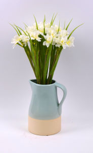 Cute White Daffodil Artificial Flower in Ceramic Vase