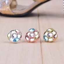 Fashion Crystal Rhinestone Button for Shoes pictures & photos
