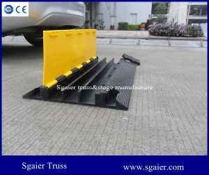 Road Safety 3 Channels Rubber Mobile Wire Cover pictures & photos