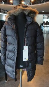 Men′s Goose Down Filled Jacket