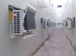 9000-36000BTU Wall Mounted Split Hybrid Solar Power Air Conditioning pictures & photos