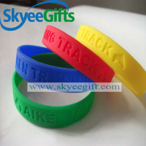 New Style Factory Supply Popular Design Silicon Bracelet pictures & photos