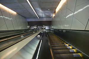 Volkslift Semi Outdoor Vvvf Escalator in Subway pictures & photos
