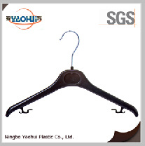 Cheap Plastic Clothes Hangers for Display pictures & photos