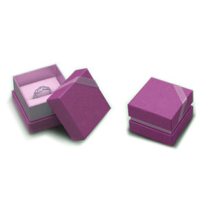 Recycled Paper Box Gift Box Packaging Box (OEM-BX031) pictures & photos