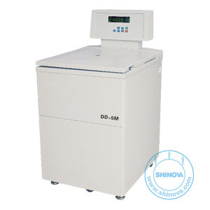Low Speed Refrigerated Centrifuge (DL-5M) pictures & photos