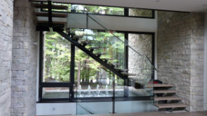 Indoor Wooden Glass Railing Staircase Design pictures & photos
