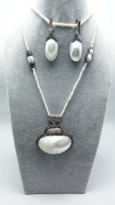 Pearl Necklace with The Nature Stone, One Set Bueaty for The Life Handmade Jewelry with Love