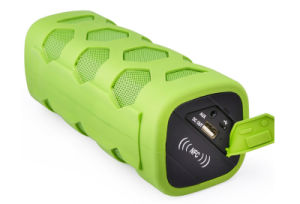 Ipx65 Waterproof Outdoor Portable Wireless Bluetooth Speaker with Carrying Clip pictures & photos