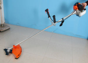 High Quality 43cc 2 Stroke Brush Cutter for Gardening and Farm Use pictures & photos