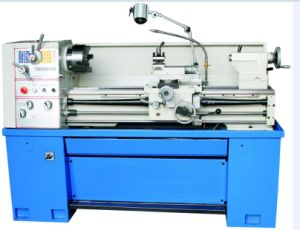 Precision Gap-Bed Metal Cutting Lathe Cq6240 (PL-410X1000) pictures & photos