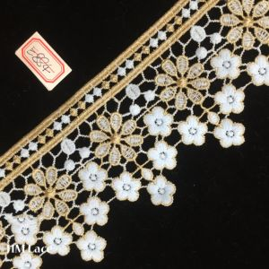 10cm Gold Lace Trim Gorgeous Baroque Embroidered Lace Trim with Pretty Flower Hme884 pictures & photos