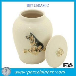 China Supplies Funeral Pet Cremation Urns pictures & photos