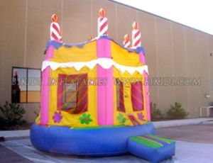 Cake Bouncer, Inflatable Bouncy Castle B1142 pictures & photos