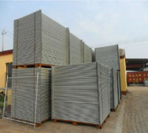 Q235 Steel Wire Welded Mesh Fence pictures & photos