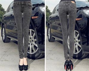 Korean Style Slim Fit Snow Low-Waisted Denim Jeans for Women pictures & photos