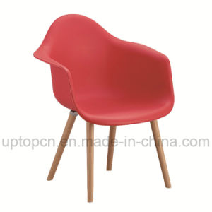 Wholesale Color Optional Restaurant Plastic Chair with Wooden Chair Base (SP-UC409) pictures & photos