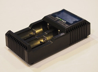 Mt2000 LCD Smart Battery Charger Ni-MH/CD and Li-ion Batteries Charger with Test Function