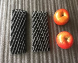 FDA Approval White Black Red Fresh Fruit Apples Packaging Foam Net pictures & photos